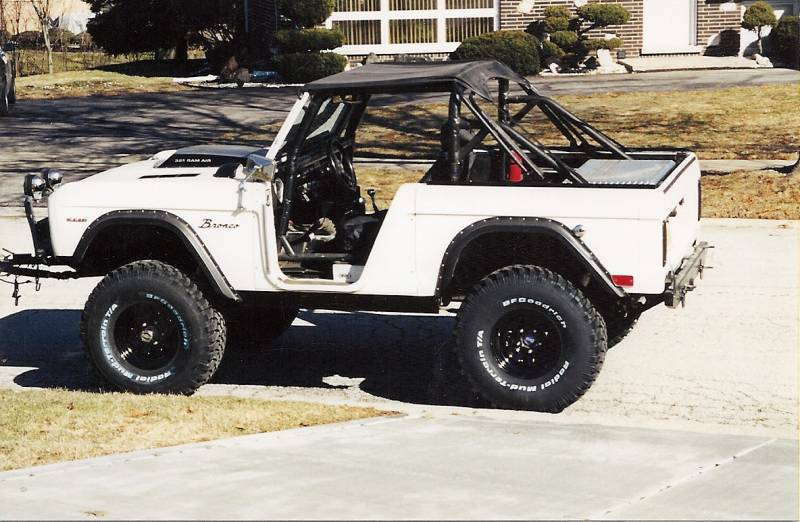 Factory Replica Early Bronco Roll Bar Kit